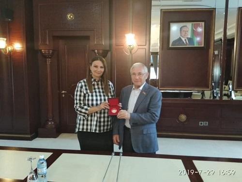 AMEA-nın professoru Qənirə Paşayeva Tatarıstan Dövlət Şurasının yubiley medalı ilə təltif edilib