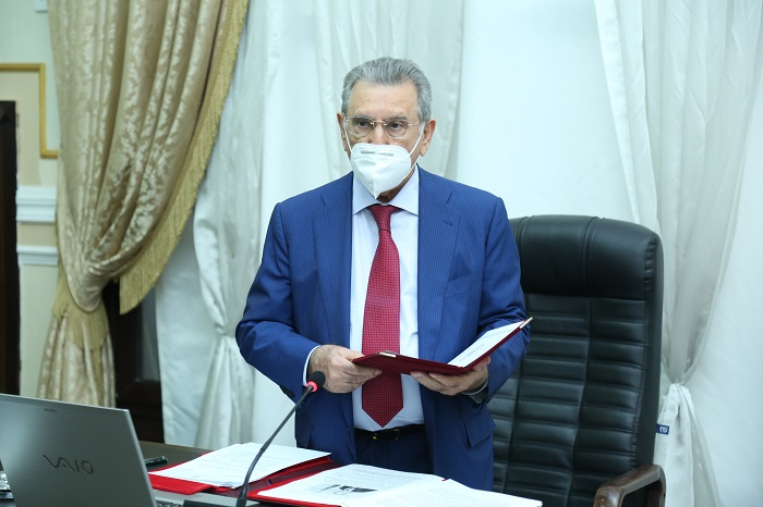 The draft State Program on efficient use of water resources prepared by ANAS scientists was discussed