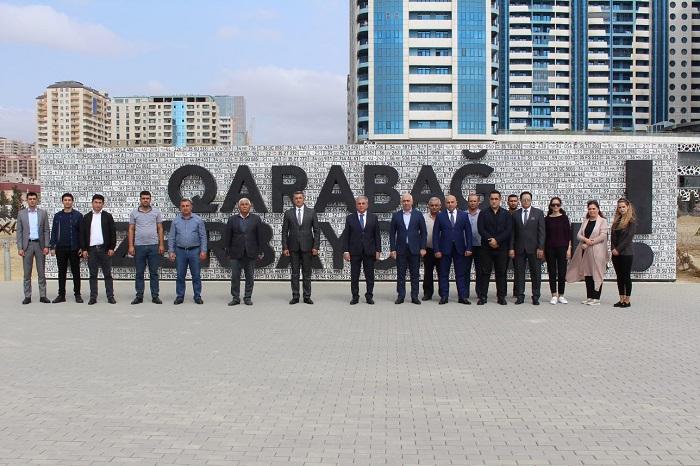 YT Parkın kollektivi Anım Günü ərəfəsində şəhidlərimizin məzarlarını ziyarət edib