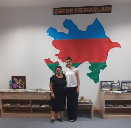 """Şəhid ailələrinin üzvləri MEK-in """"Qarabağ müharibəsi qəhrəmanları"""" fondunu ziyarət ediblər"""
