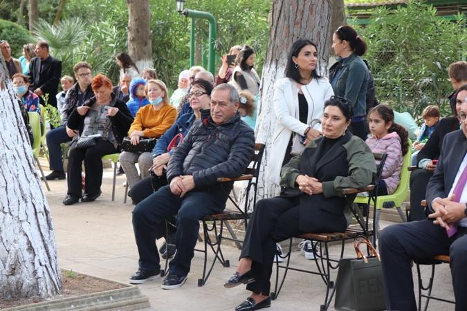 Отговорила роща золотая… В Баку отметили 126-летие со дня рождения Сергея Есенина