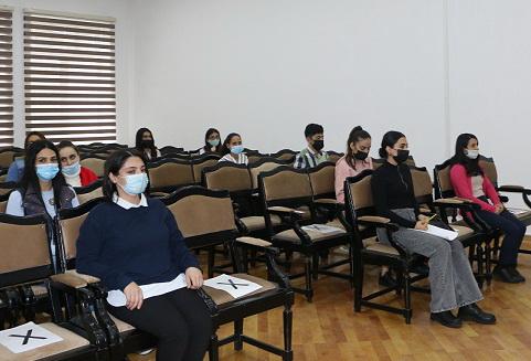 Seysmoloji Mərkəzdə gənc əməkdaşların elmi potensialının artırılması istiqamətində işlər davam etdirilir