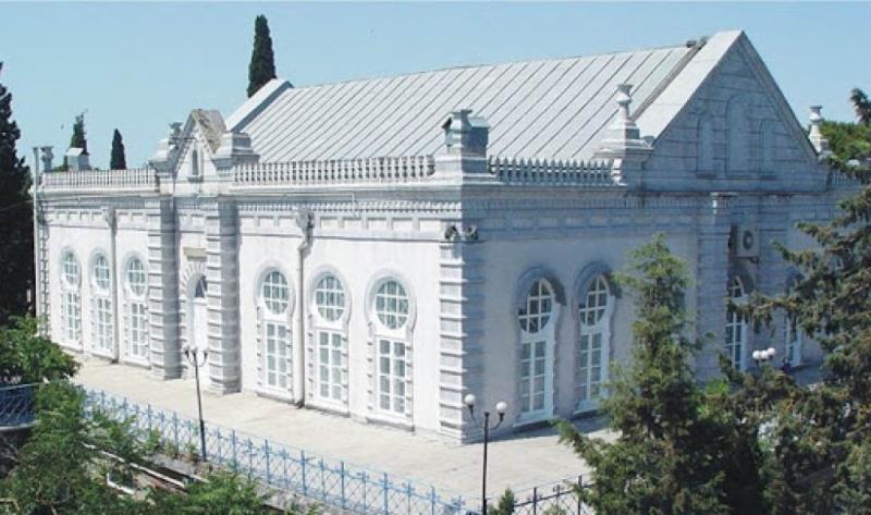 Ölkəmizin nadir memarlıq incilərindən olan AMEA-nın tarixi binaları