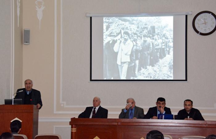 """20 yanvar - donan vicdanların haqq səsi"""" mövzusunda tədbir keçirilib"""