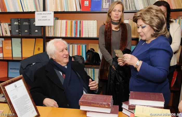 Akademik Georq Xazai və professor Ramazan Qorxmaz AMEA Mərkəzi Elmi Kitabxanasında olublar