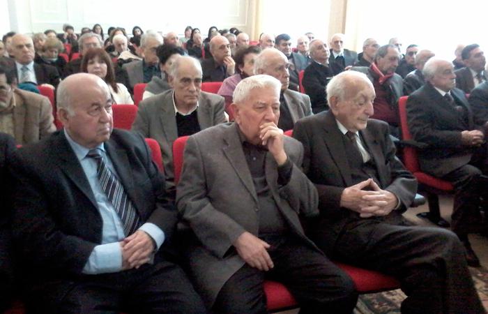 Akademik Arif Paşayevin 80 illiyi qeyd edilib