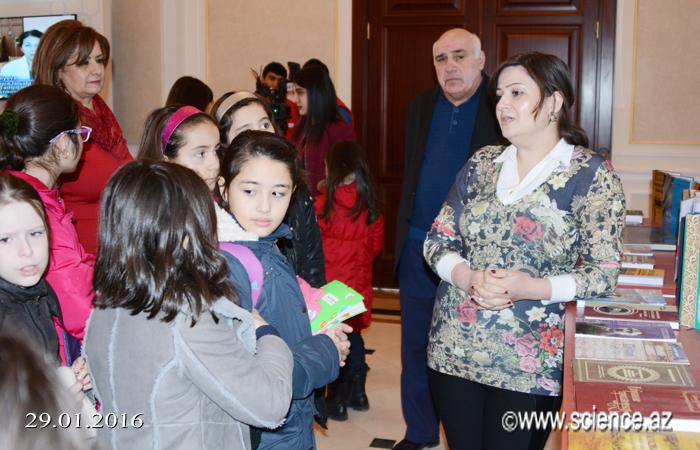 Продолжается деятельность НАНА в области пропаганды науки среди школьников