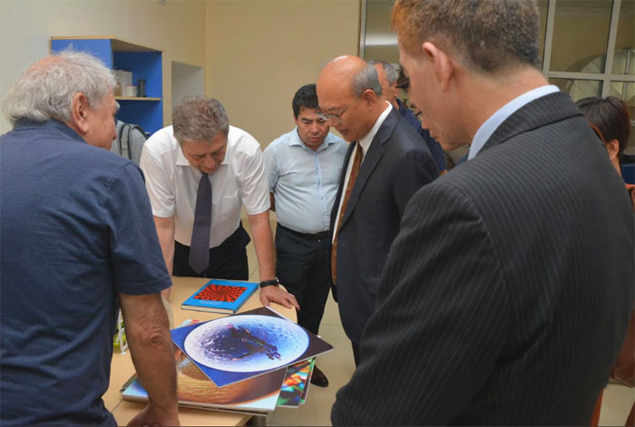 Chinese delegation of Academy of Sciences visited ANAS Institute of Physics