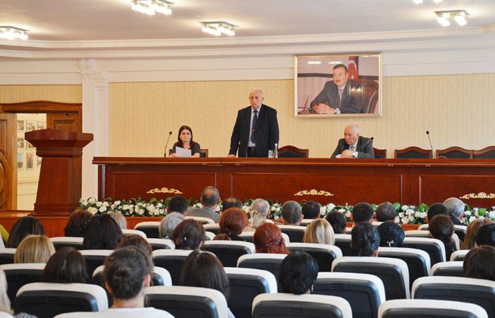 В Гянджинском отделении НАНА прошла встреча со студентами
