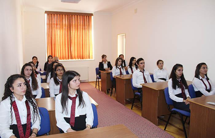 Состоялся научный семинар «Современные проблемы физики и астрономии»