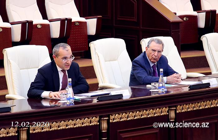В НАНА состоялась встреча с министром экономики Микаилом Джаббаровым