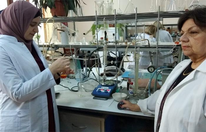 AMEA-nın magistrantları elmi-tədqiqat təcrübəsi keçirlər